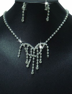 Rhinestone Unique Raindrops Dangle Necklace & Earrings Set
